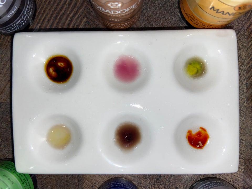 Amphetamine test results with Marquis reagent, Robadope, Mandelin, Mecke, Simon's, Liebermann.
